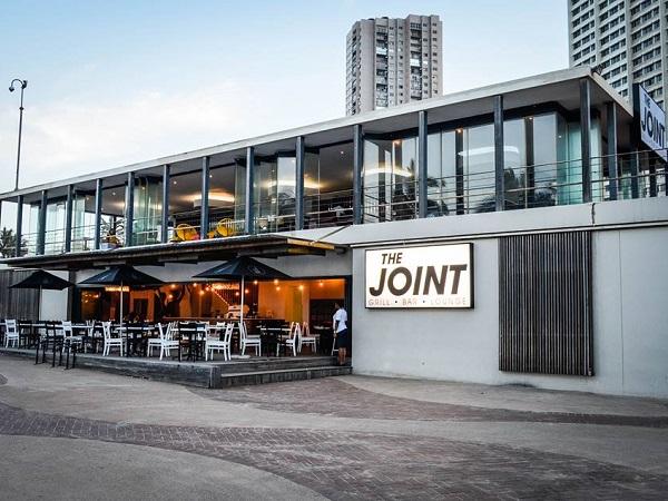 Surf Riders team opens shisa-nyama jazz café on Durban beachfront