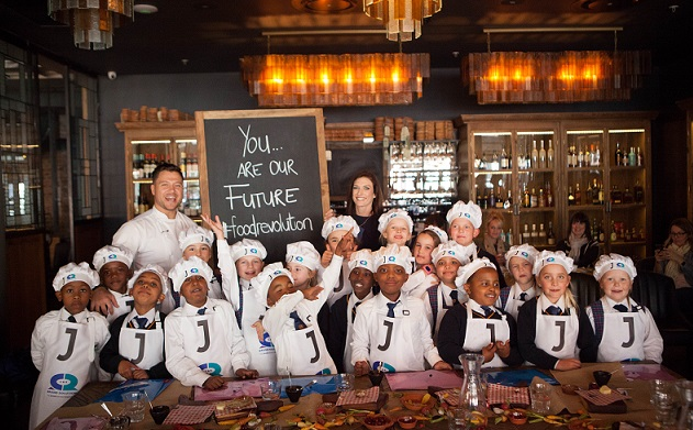 Chef Shane Smit and the kids at Jamie's Italian
