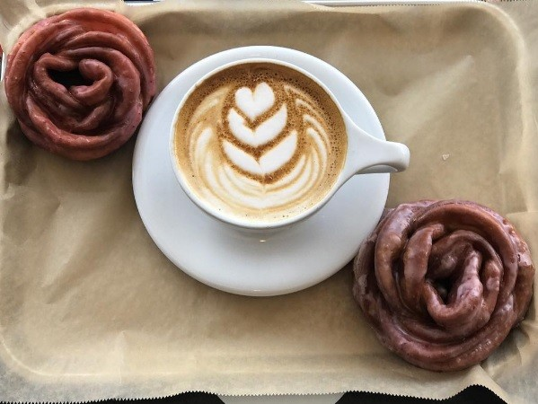Doughflowers: The rose-shaped doughnuts taking New York by storm