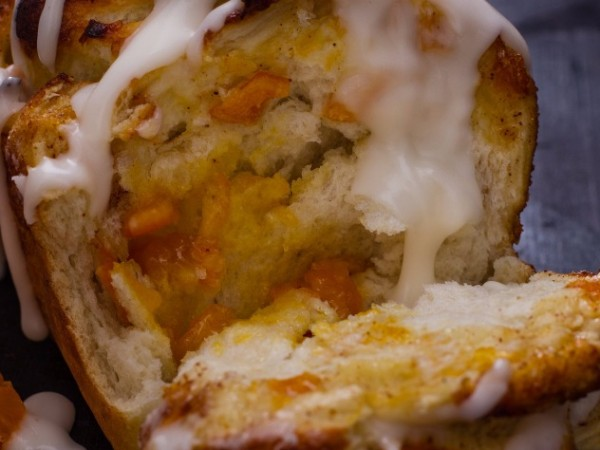 Serve this ClemenGold pull-apart bread warm with tea. Photo supplied.