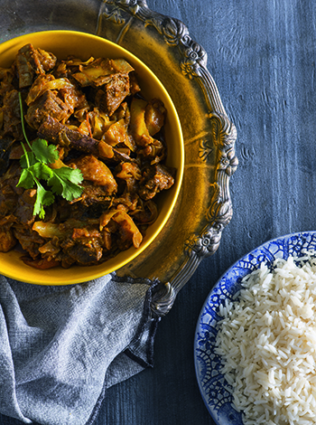 Lamb and cabbage curry with rice