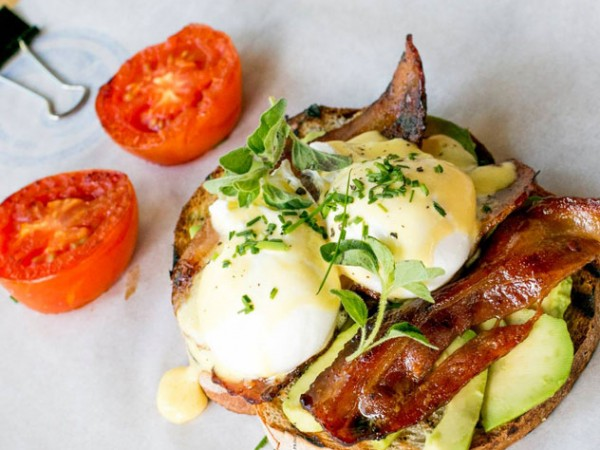 Eggs Benedict with avocado at Surf Riders. Photo supplied.