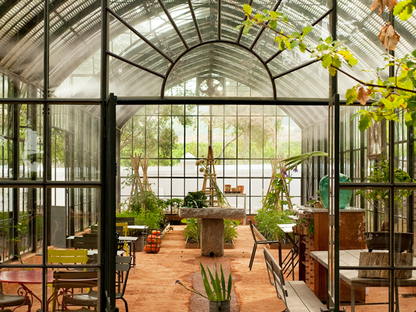 5 great restaurants with magnificent gardens in Cape Town and the Winelands