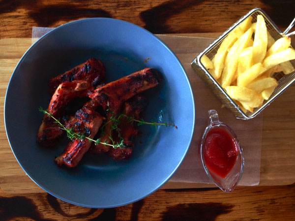 Review: Ribs, potato skins and great coffee at Jozi's new coffice, The Richmond Studio Café
