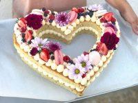 A cake available at Meraki from Blush