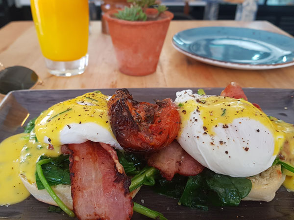 Green Point's new neighbourhood brunch spot, Cushty – reviewed