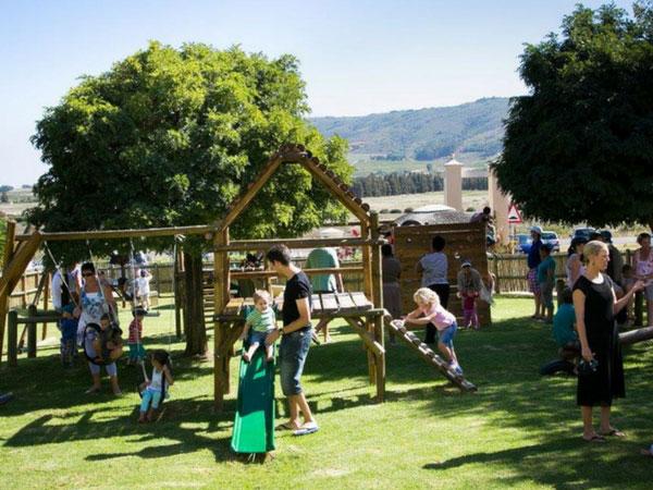 29 child-friendly restaurants in the Winelands
