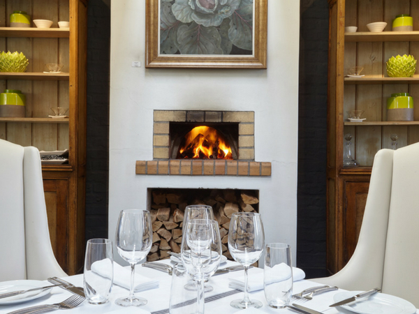 14 restaurants with fireplaces in the Winelands
