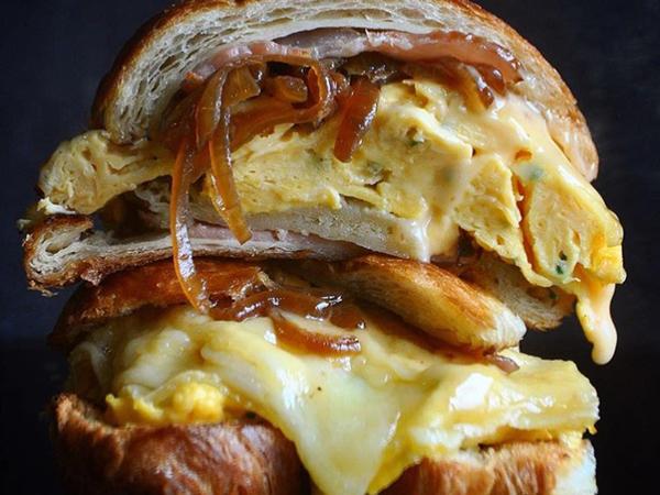 5 great OTT breakfasts in Cape Town