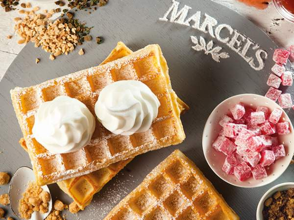 You can also get your frozen yoghurt on a hot waffle