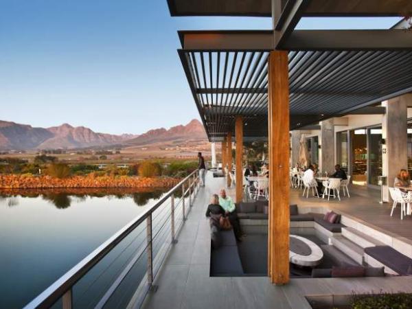 10 Winelands restaurants with stunning views