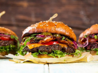 Slider burgers at Blos Cafe