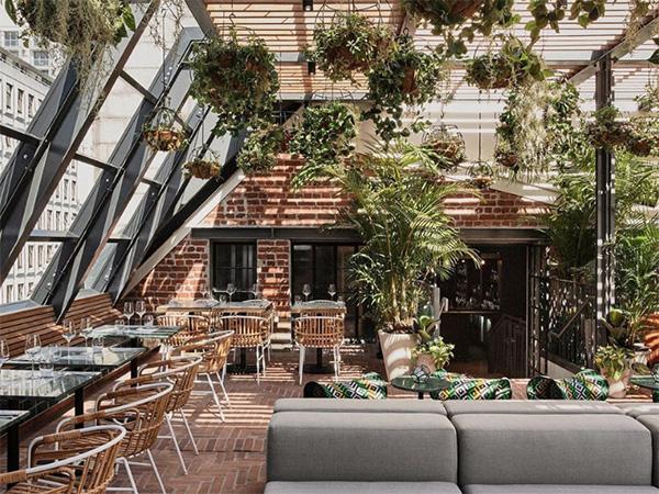 Gigi Rooftop