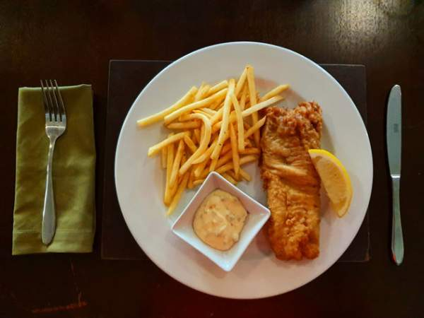 The deep-fried hake and chips