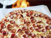 Pizza Box pepperoni pizza