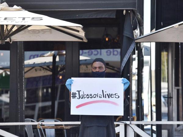 Live coverage: Restaurants shut down SA streets in protest