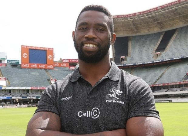 Siya Kolisi begins his new life with the Sharks with a meal at Durban's favourite local chicken shop