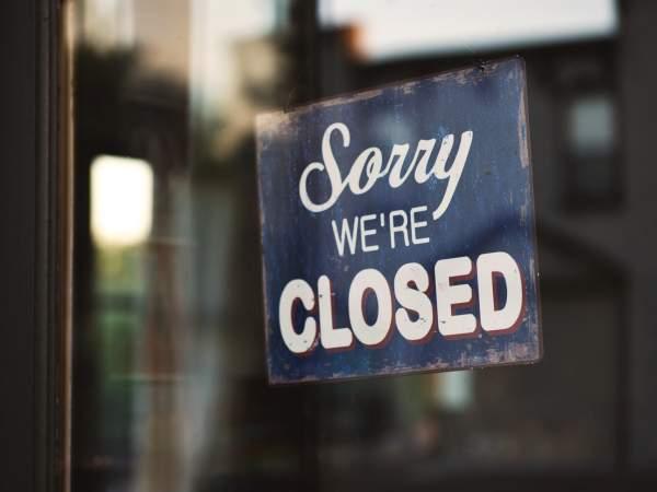 Violent #FreeZumaprotests force Durban restaurants to close
