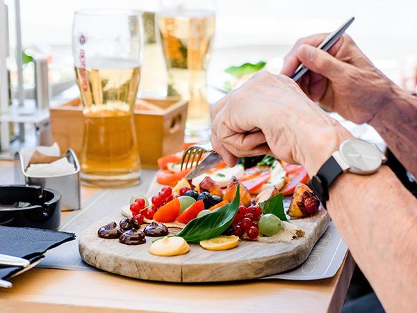 Restaurants offering specials for pensioners in Joburg